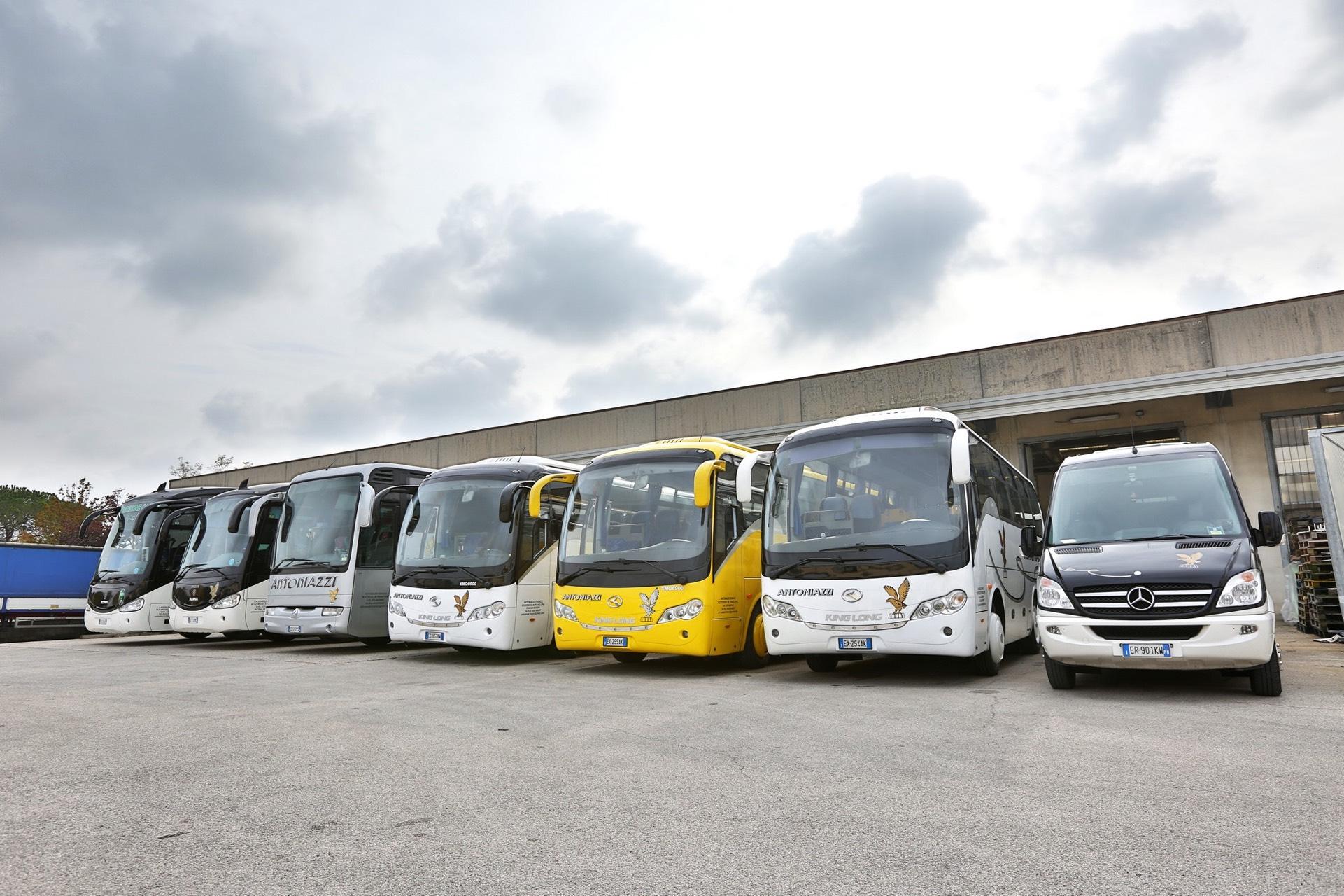 Antoniazzi-autobus-trasporti-pordenone